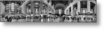 Black And White Pano Of Grand Central Station - Nyc Metal Print by David Smith
