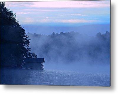 Blue Dawn Mist Metal Print by Susan Leggett