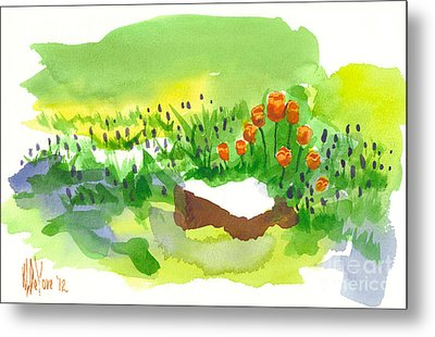 Blue Grape Hyacinths With Red Tulips And Tree Stump Metal Print by Kip DeVore