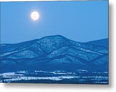 Blue Ridge Winter Moon Metal Print by Lara Ellis