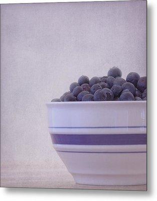 Blueberry Splash Metal Print by Kim Hojnacki