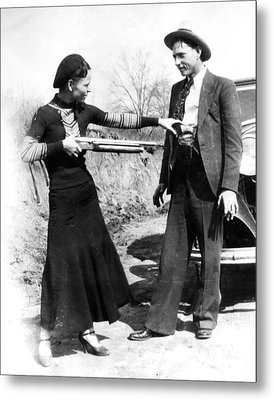 Bonnie And Clyde Metal Print by Retro Images Archive