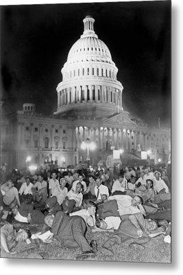 Bonus Army Sleeps At Capitol Metal Print by Underwood Archives