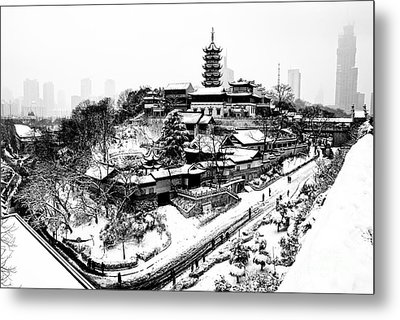Buddha - Jiming Temple In The Snow - Black-and-white Version  Metal Print by Dean Harte