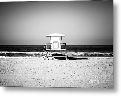 California Lifeguard Tower Black And White Picture Metal Print by Paul Velgos