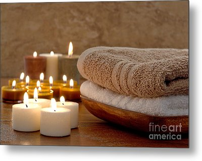 Candles And Towels In A Spa Metal Print by Olivier Le Queinec