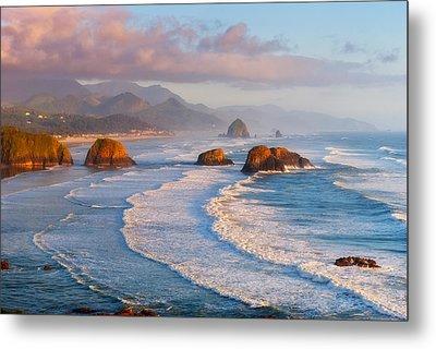 Cannon Beach Sunset Metal Print by Darren  White