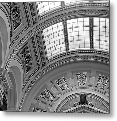 Capitol Architecture - Bw Metal Print by Jenny Hudson