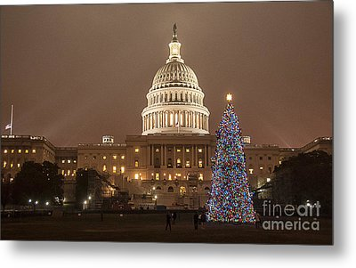 Capitol Christmas Metal Print by Terry Rowe