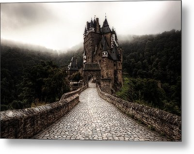 Castle In The Mist Metal Print by Ryan Wyckoff