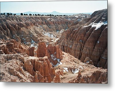 Cathedral Gorge Metal Print by Jewel Hengen