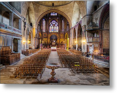 Cathedrale Saint-etienne Interior / Cahors Metal Print by Barry O Carroll