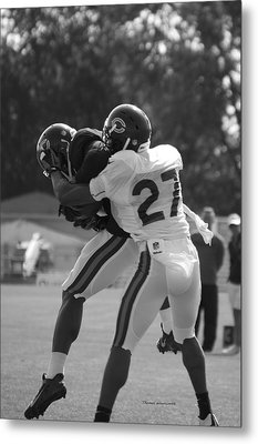 Chicago Bears Cb Sherrick Mcmanis Training Camp 2014 Bw Metal Print by Thomas Woolworth
