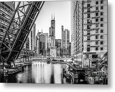 Chicago Kinzie Railroad Bridge Black And White Photo Metal Print by Paul Velgos