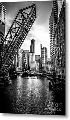 Chicago Kinzie Street Bridge Black And White Picture Metal Print by Paul Velgos