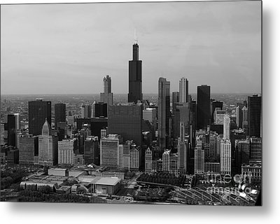Chicago Looking West 01 Black And White Metal Print by Thomas Woolworth