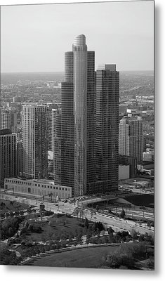 Chicago Modern Skyscraper Black And White Metal Print by Thomas Woolworth