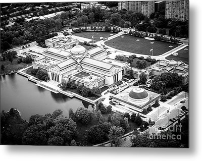 Chicago Museum Of Science And Industry Aerial View Metal Print by Paul Velgos