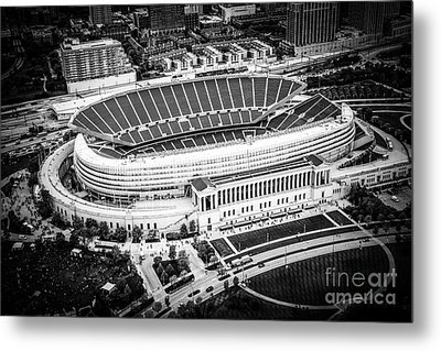 Chicago Soldier Field Aerial Picture In Black And White Metal Print by Paul Velgos
