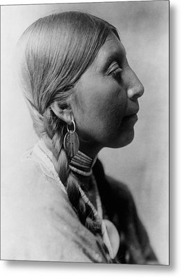 Chinookan Indian Woman Circa 1910 Metal Print by Aged Pixel