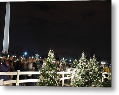 Christmas At The Ellipse - Washington Dc - 01135 Metal Print by DC Photographer
