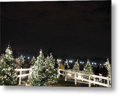 Christmas At The Ellipse - Washington Dc - 01136 Metal Print by DC Photographer