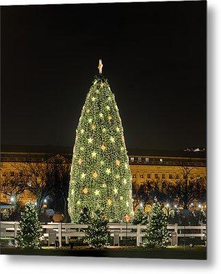 Christmas At The Ellipse - Washington Dc - 01139 Metal Print by DC Photographer
