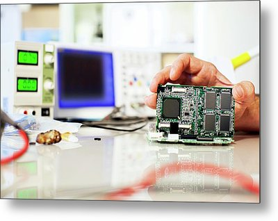 Circuit Board Metal Print by Wladimir Bulgar