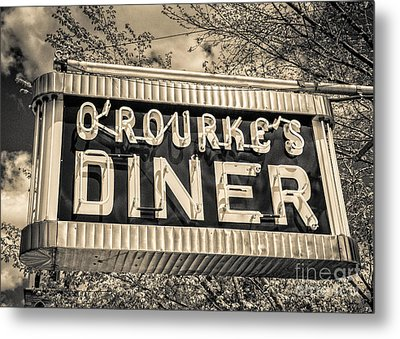 Classic Diner Neon Sign Middletown Connecticut Metal Print by Edward Fielding