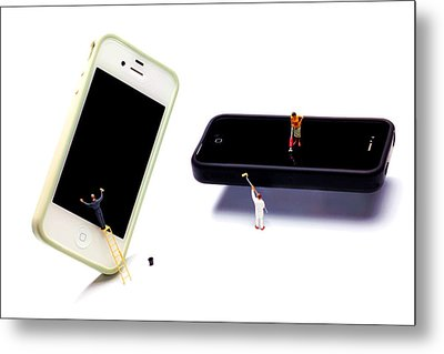 Cleaning The Iphones Little People Big Worlds Metal Print by Paul Ge