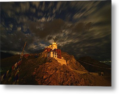 Clouds And Stars Over Tsemo Metal Print by Aaron S Bedell