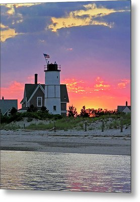 Cocktail Hour At Sandy Neck Lighthouse Metal Print by Charles Harden