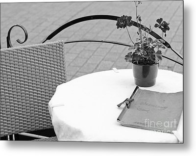 Come Dine With Me Metal Print by Pati Photography