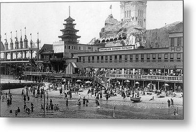 Coney Island - Dreamland Beach Metal Print by MMG Archives