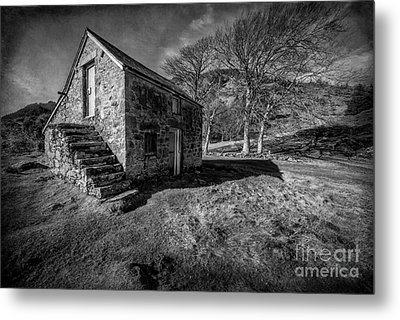 Country Cottage V2 Metal Print by Adrian Evans