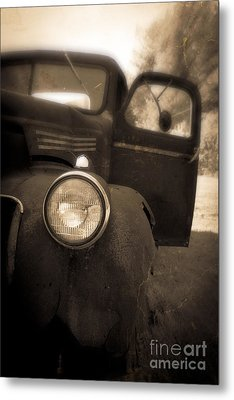 Crash Metal Print by Edward Fielding