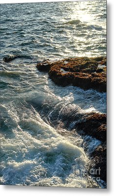 Crashing Waves Metal Print by Olivier Le Queinec