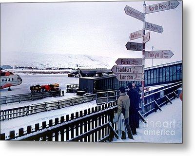 Crossroads In Iceland Metal Print by Wernher Krutein