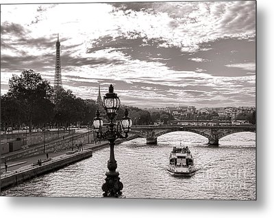 Cruise On The Seine Metal Print by Olivier Le Queinec