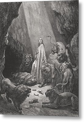 Daniel In The Den Of Lions Metal Print by Gustave Dore