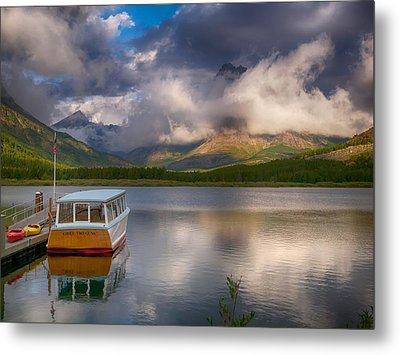 Dawn Delight Metal Print by Rob Wilson
