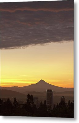 Dawn Sky Over Portland And Mt Metal Print by William Sutton