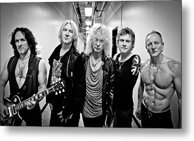 Def Leppard - Mirrorball Tour 2011 B&w Metal Print by Epic Rights