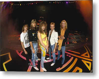 Def Leppard - Round Stage 1987 Metal Print by Epic Rights