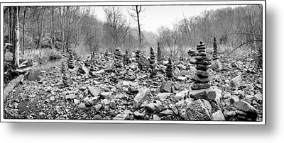 Devil's Den Black And White Rock Towers Metal Print by Tanya Harrison
