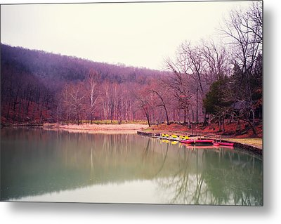Devil's Den Lake And Canoes Metal Print by Tanya Harrison