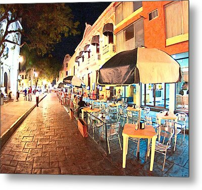 Dining Al Fresco In Merida Metal Print by Mark Tisdale