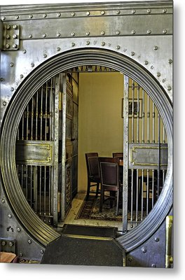 Dining In The Vault At Metals Bank Metal Print by Image Takers Photography LLC - Laura Morgan