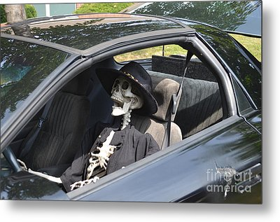 Don't Text And Drive Metal Print by Luther   Fine Art