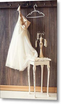 Dress Metal Print by Amanda And Christopher Elwell